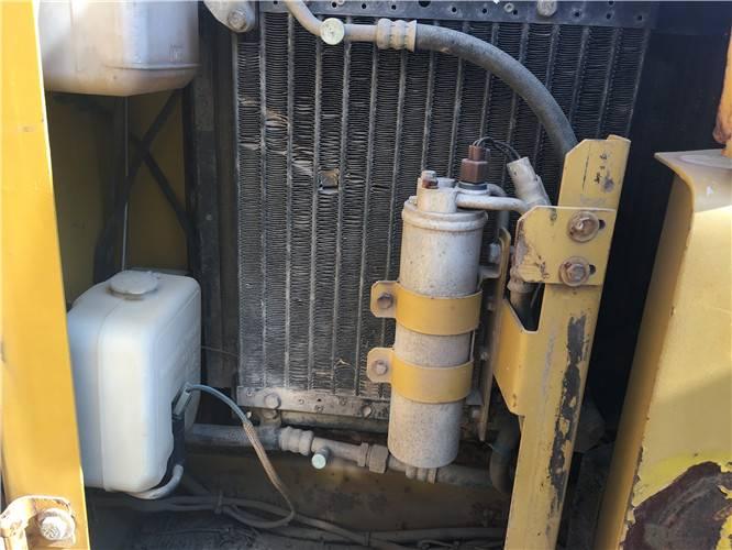 卡特306二手挖掘機冷凝器