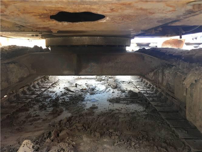 卡特306二手挖掘機底盤