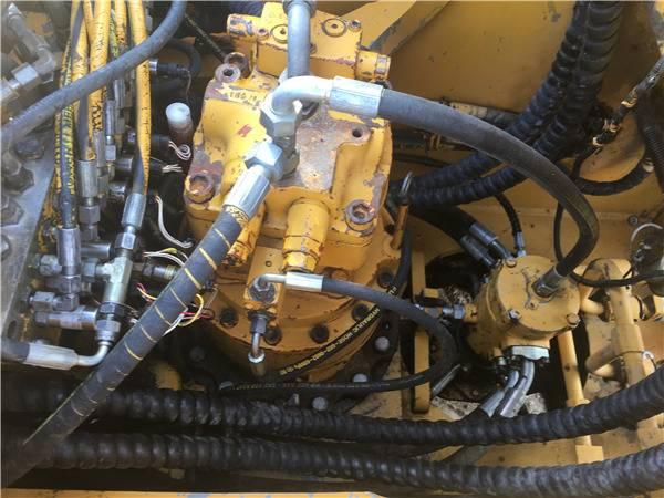 二手三一235挖掘機分配器