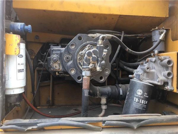 三一215-8s二手挖掘機液壓泵