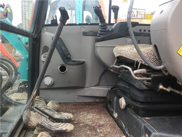 二手沃爾沃60挖掘機駕駛室