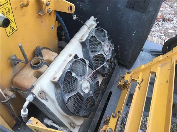 二手沃爾沃60挖掘機冷凝器