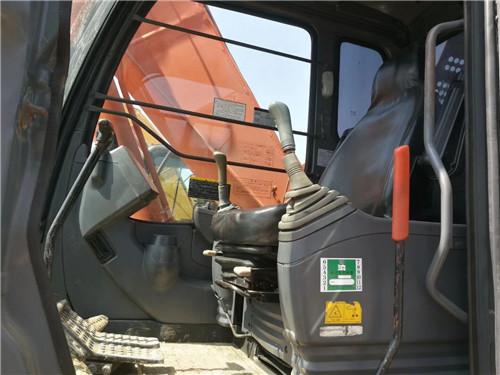 二手日立200-3G挖掘机驾驶室