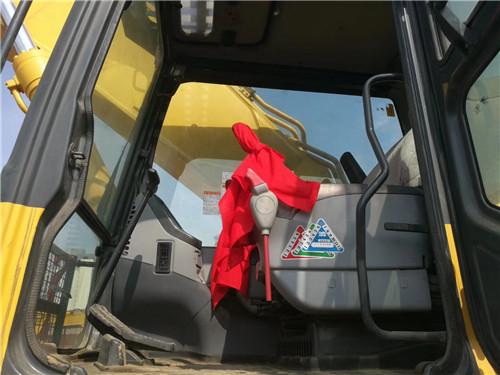 二手小松450-7挖掘机驾驶室